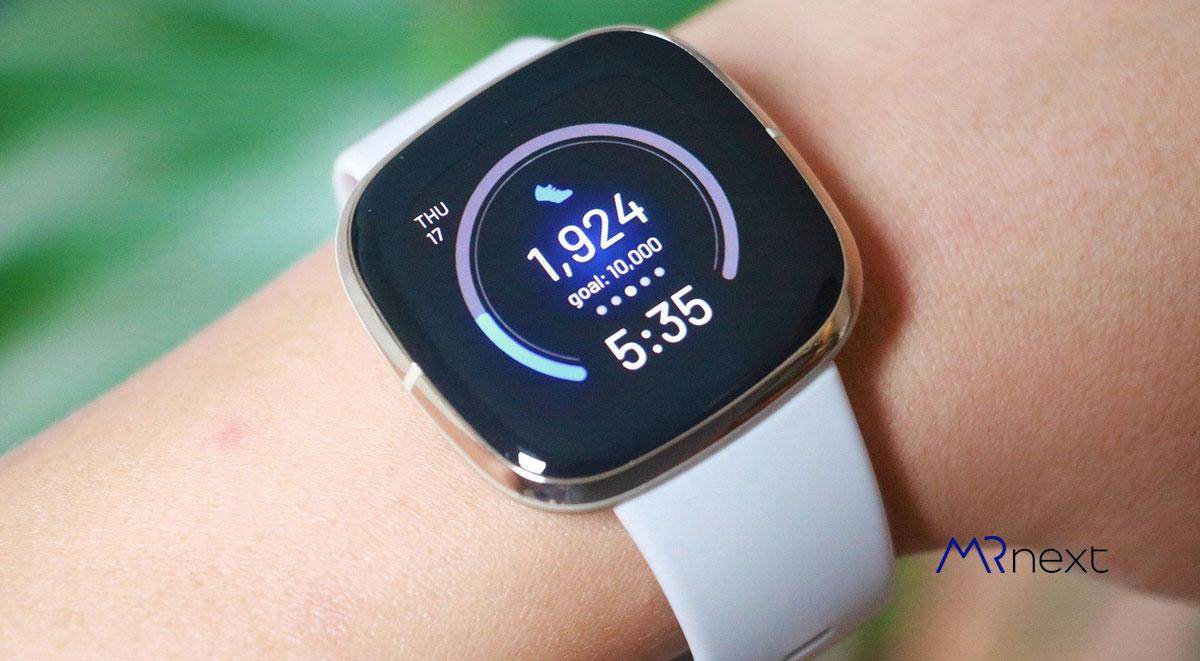 بهترین-ساعت-هوشمند-2020---Fitbit Sense